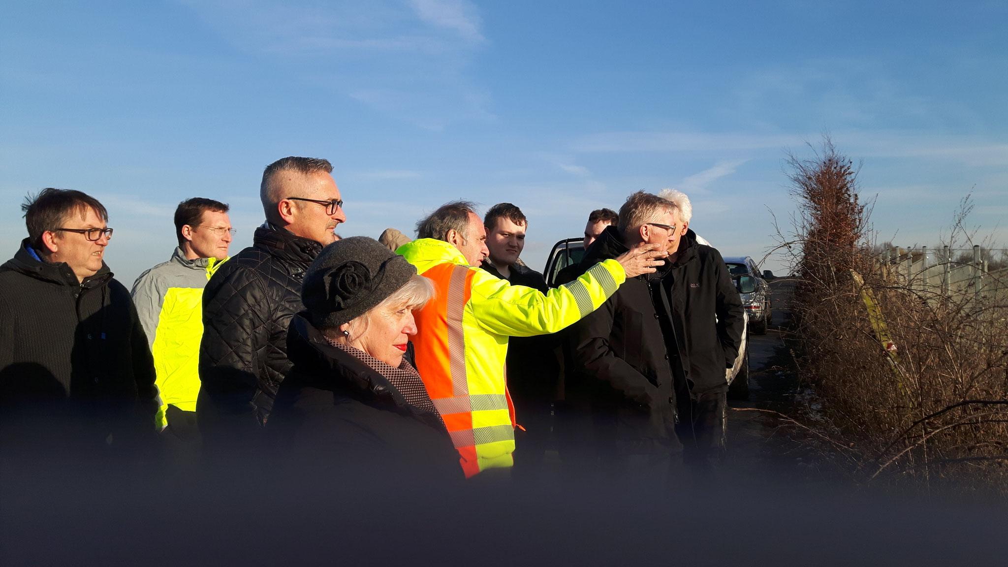 Landtagsabgeordneter Dr. Werner Pfeil besichtigt Sandwerke