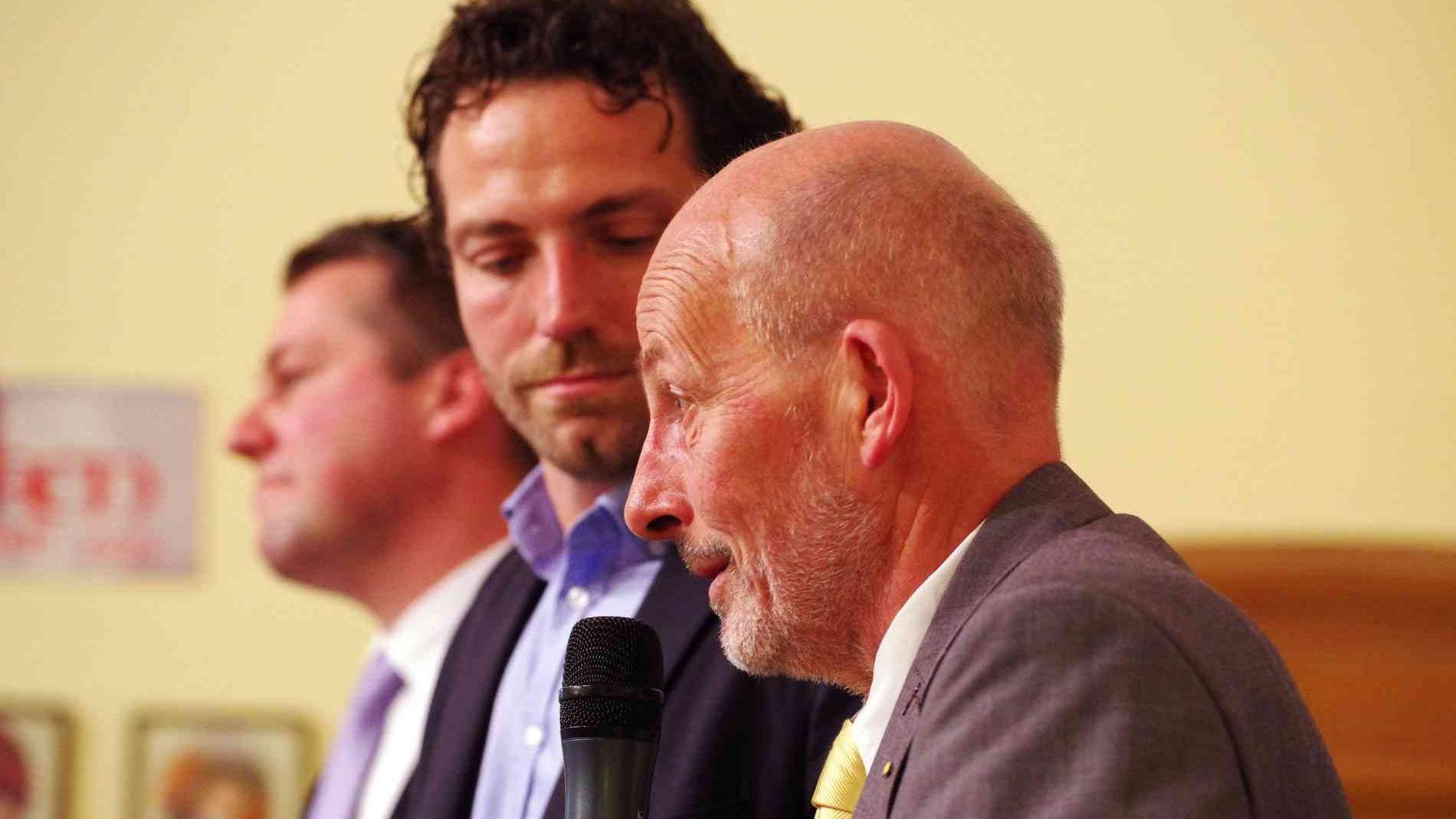 Podiumsdiskussion: Bürgermeisterkandidaten stehen Rede und Antwort