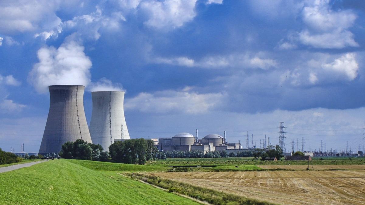 Kernkraftwerk Doel in Ostflandern, Belgien